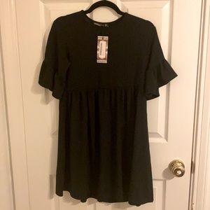 NWT BOOHOO petite dress